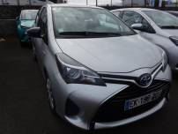 TOYOTA YARIS  HSD 100h Business 5p   d'occasion