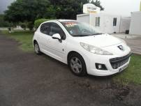 PEUGEOT 207 PHASE 1  1.4 hdi URBAN 75cv   d'occasion