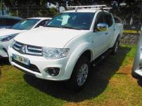 MITSUBISHI l200  2.5 TD 178 Double Cab Instyle Navi BVA   d'occasion