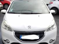 PEUGEOT 208  1.6 HDI 90Ch   d'occasion
