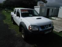 NISSAN navara  2.5 dci 135 CHASSIS DOUBLE CABINE   d'occasion