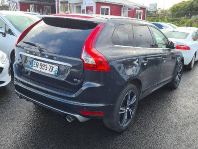 VOLVO - xc60-D4 190ch R-Design Geartronic-2